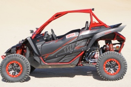 Yamaha YXZ1000R Build with Houser Racing Roll Cage in SE Red